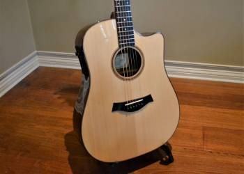 Steel string guitar - soundboard replacement (after)